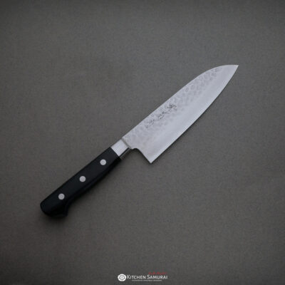 Sakai Kikumori – VG10 Hammered Damascus Santoku 165mm